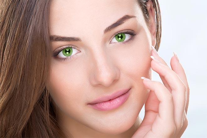 Devojka sa zelenim očima