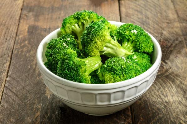 Brokoli u zdeli